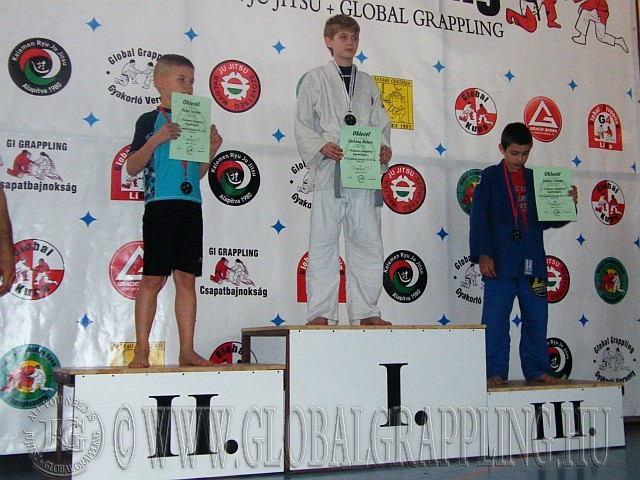 Gi Grappling Ifjúsági Fiú 35 kg. kategória dobogója
