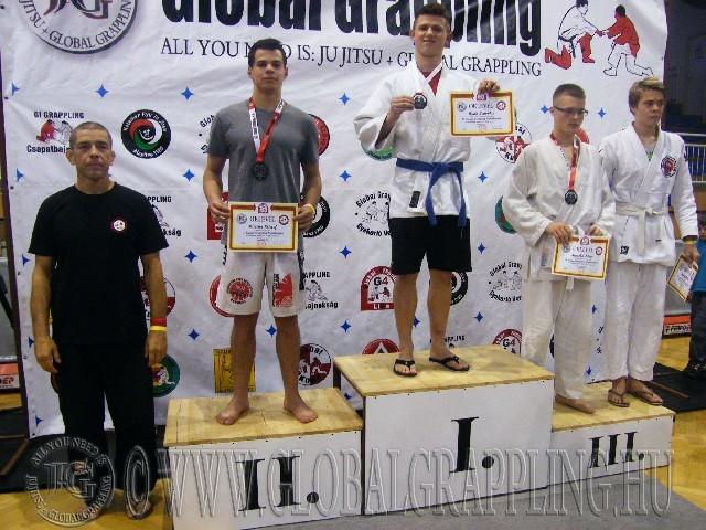 A Gi Grappling Junior Fiú 79 kg. kategória dobogója