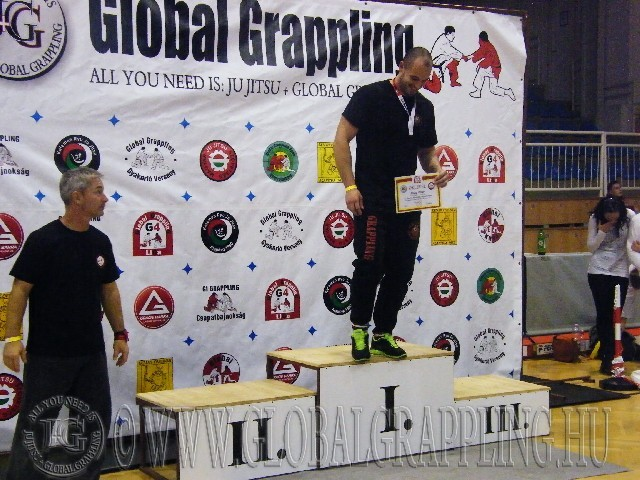 A Gi Grappling Felnőtt Férfi 105+ kg. kategória dobogója