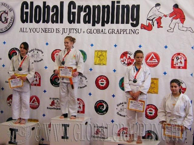 A Gi Grappling Ifjúsági1 Leány 48+ kg. kategória dobogója