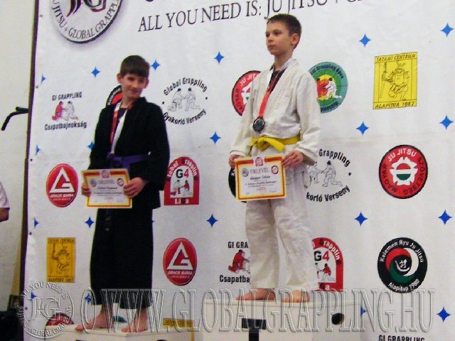 A Gi Grappling Ifjúsági1 Fiú 35 kg. kategória dobogója