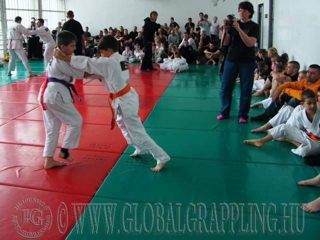 Gi Grappling küzdelmek, előtérben a fiatalok