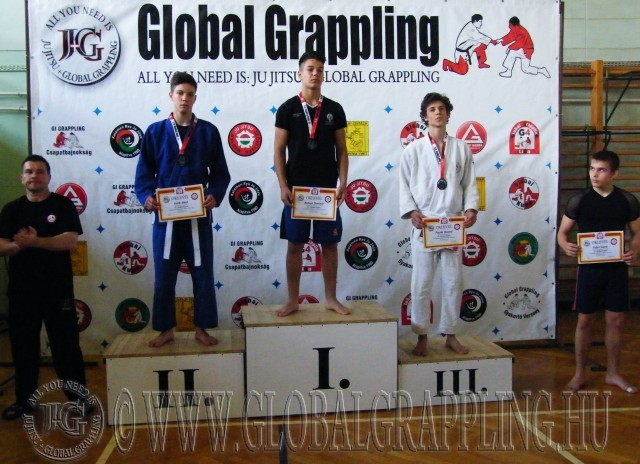 Gi Grappling Ifjúsági 2 Fiú 66 kg. dobogója
