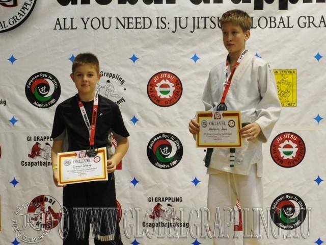 A Gi Grappling Ifjúsági 1 Fiú 50 kg. kategória dobogója