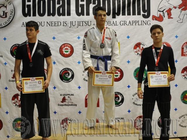 A Gi Grappling Ifjúsági 2 Fiú 70 kg. kategória dobogója
