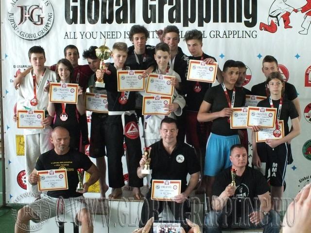 A NoGi Junior Csapatbajnokság dobogója