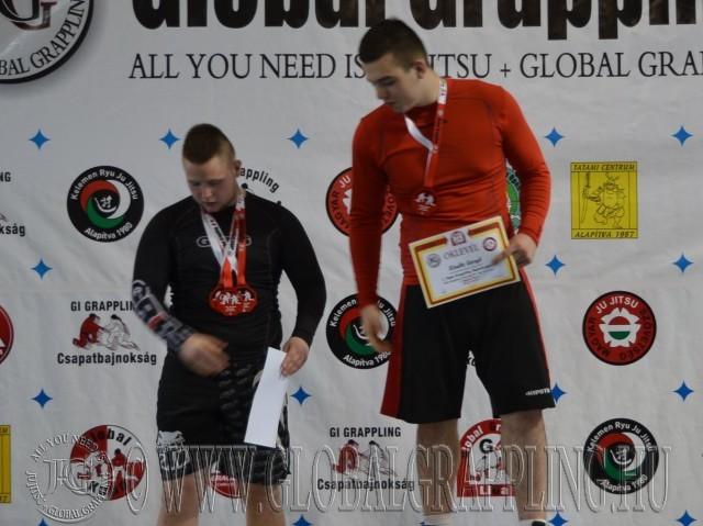 A NoGi Junior Fiú 95+ kg dobogója