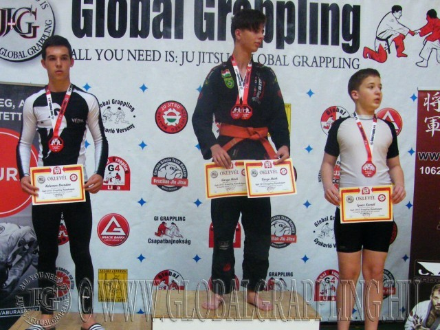 A Gi Grappling Ifjúsági 2 Fiú 65 kg kategória dobogója