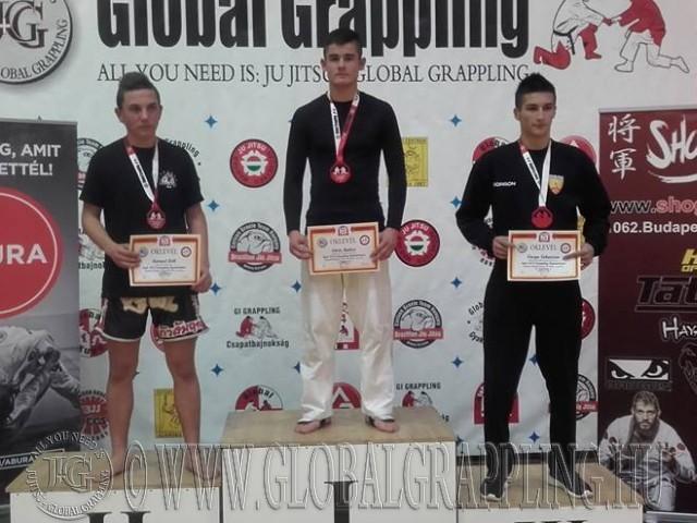 A Kesztyűs Küzdelem Junior Fiú 70 kg kategória dobogója