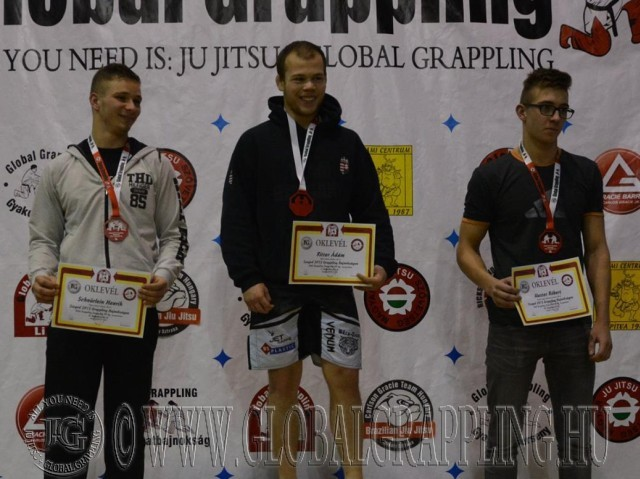 A NoGi Grappling Junior Fiú 80 kg kategória dobogója