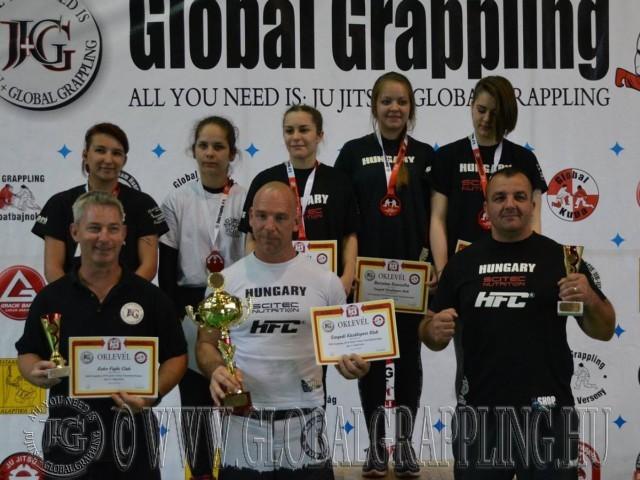 A NoGi Junior Leány Csapatbajnokság dobogója