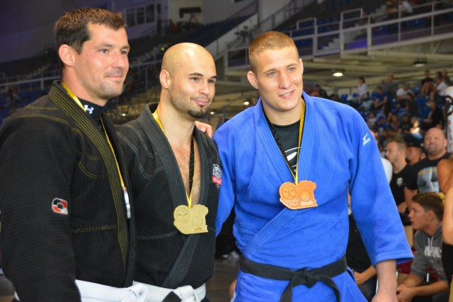 A Gi Grappling Férfi 95 kg kategória győztesei
