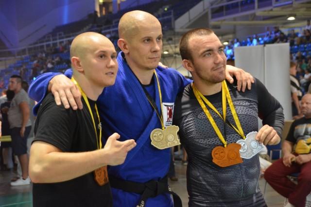 A Combat Grappling Férfi 75 kg kategória győztesei