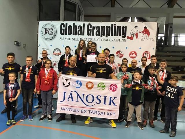 A Miskolci Ju Jitsu Egyesület csapata a versenyen