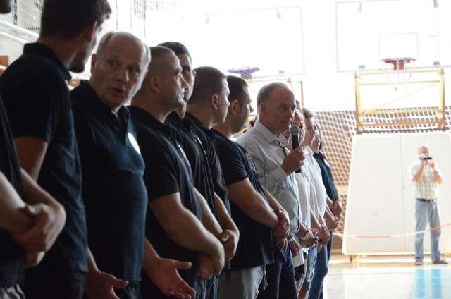 Hamvas Péter alpolgármester úr megnyitotja a versenyt