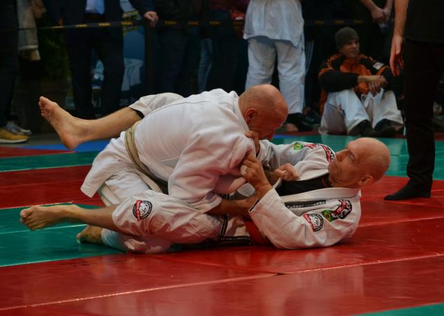 Senior versenyzők Gi Grappling küzdelme