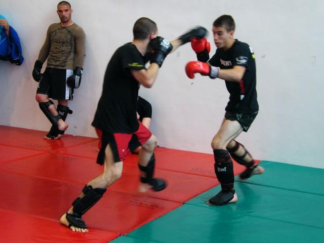 Kesztyűs Küzdelem mérkőzés junioroknak a XIII. Gyakorló Versenyen