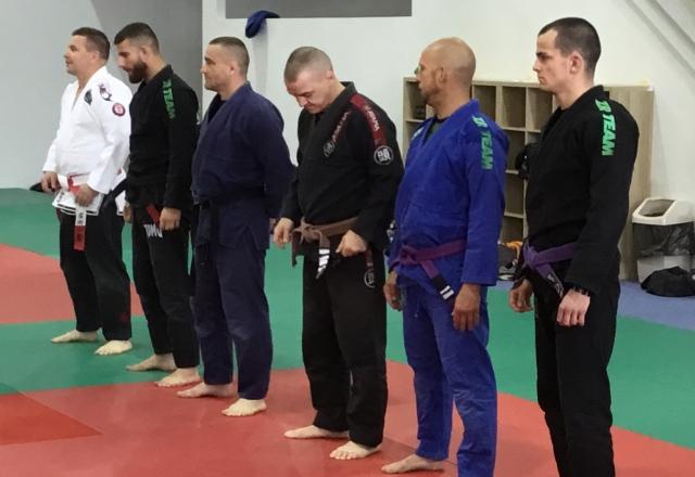 Romanek Bence, Sós György, Száz Richárd, Stágel György és Skáfár Bence oktatók