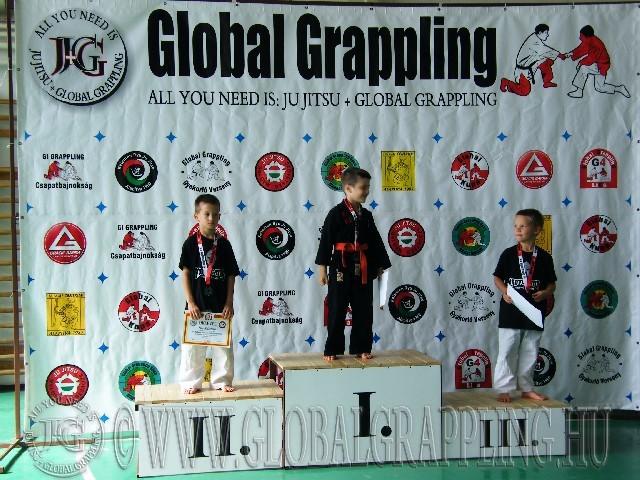 Gi Grappling Manó Fiú 32 kg. dobogója