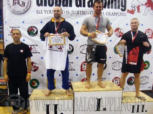 A Gi Grappling Felnőtt Férfi 95 kg. kategória dobogója