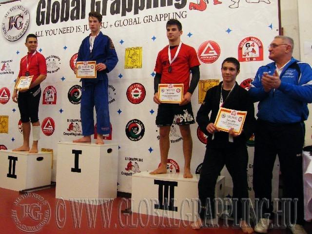A Gi Grappling Junior Fiú 71 kg. kategória dobogója