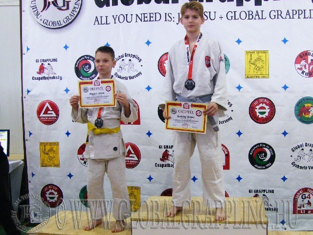 A Gi Grappling Ifjúsági1 Fiú 41 kg. kategória dobogója