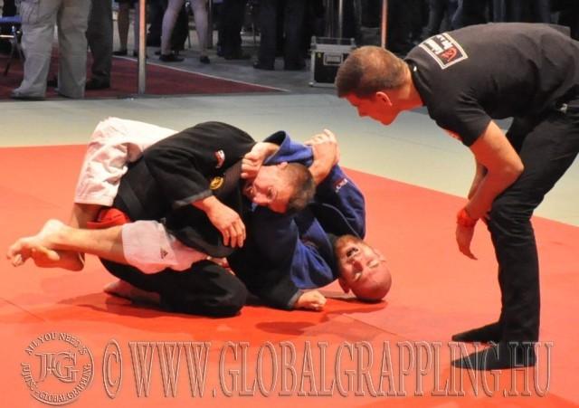 Küzdelem a Gi Grappling 75 kg-os kategóriában