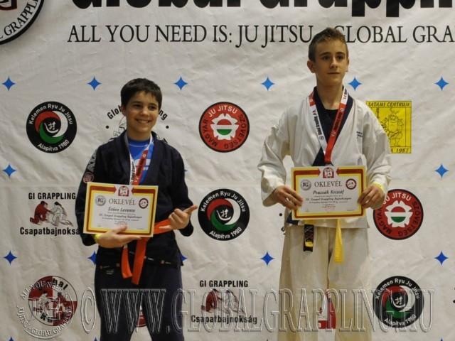 A Gi Grappling Ifjúsági 2 Fiú 50 kg. kategória dobogója