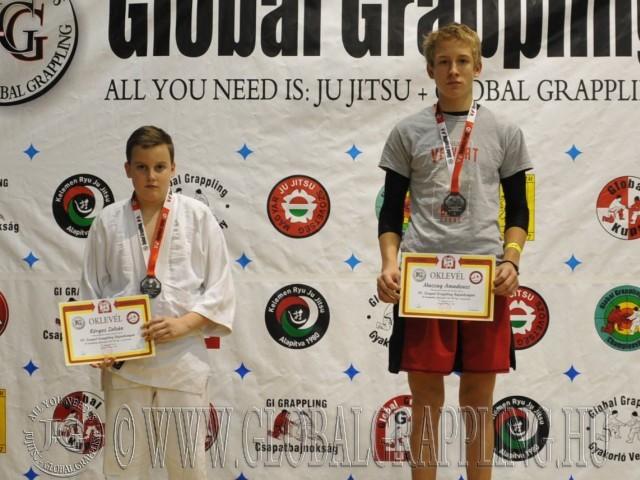 A Gi Grappling Ifjúsági 2 Fiú 65 kg. kategória dobogója
