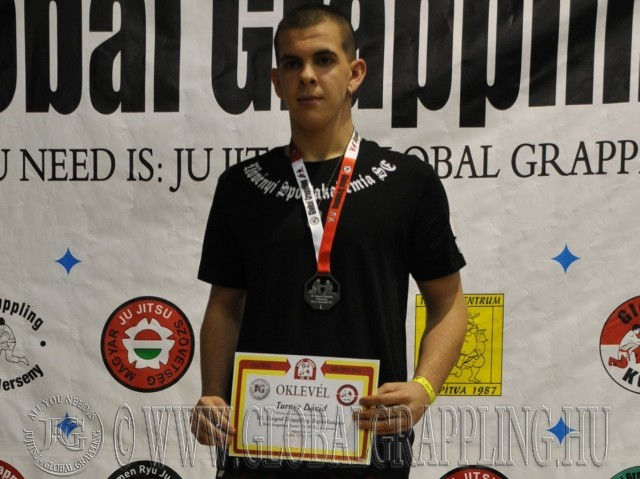 A NoGi Grappling Junior 90kg. kategória dobogója