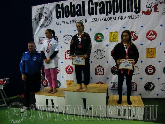 A Gi Grappling Ifjúsági 2 Leány 65 kg. kategória dobogója
