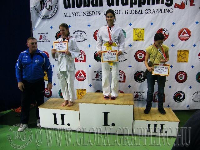A Gi Grappling Ifjúsági 1 Leány 50 kg. kategória dobogója