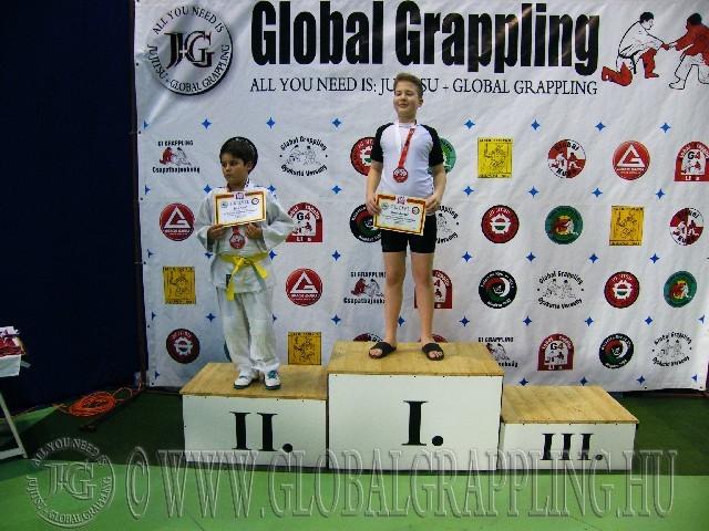 A Gi Grappling Gyermek 2 Fiú 60 kg. kategória dobogója