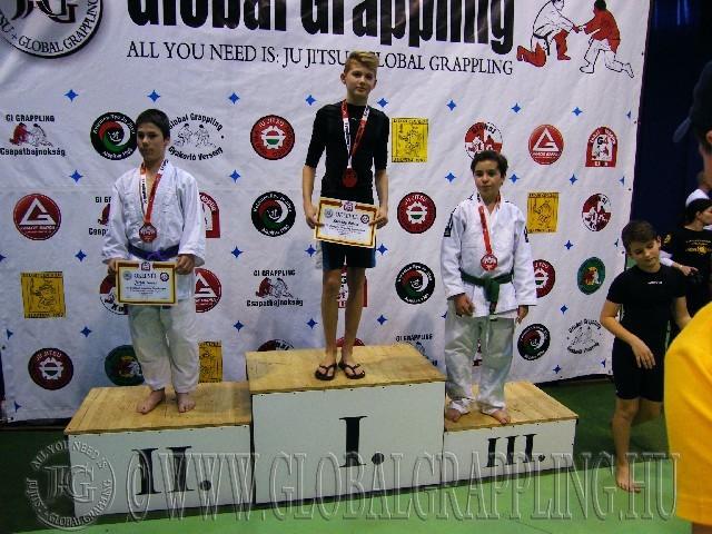 A Gi Grappling Ifjúsági 1 Fiú 45 kg. kategória dobogója