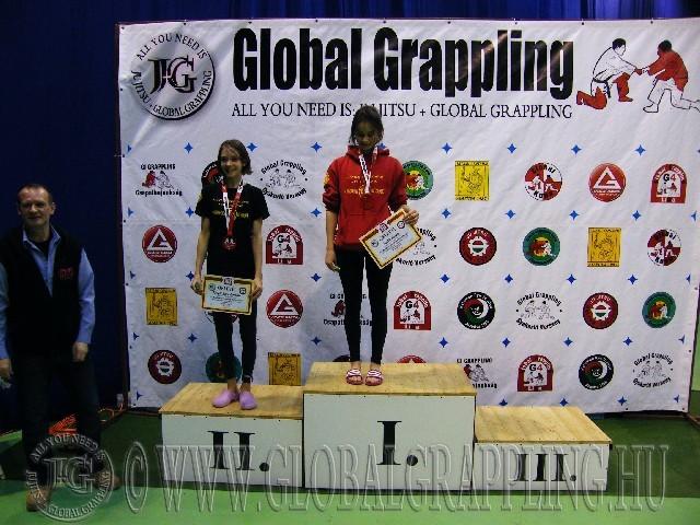 A NoGi Grappling Ifjúsági 1 Leány 50 kg. kategória dobogója