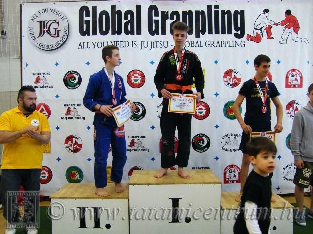 A Gi Grappling Ifjúsági 2 Fiú 60 kg kategória dobogója