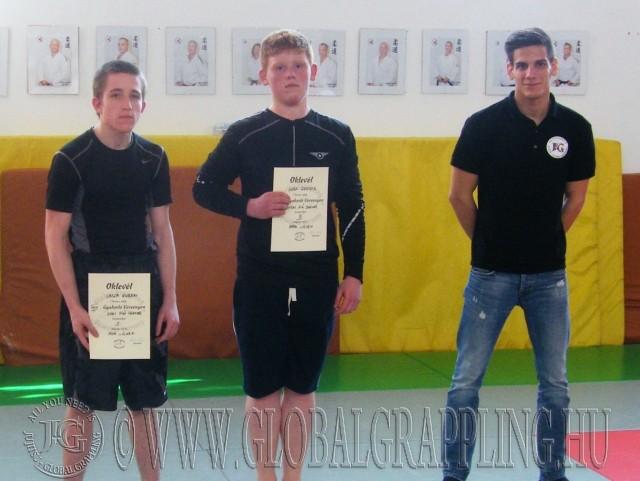 A Nogi Fiú Junior kategória résztvevői Lakatos Sándorral