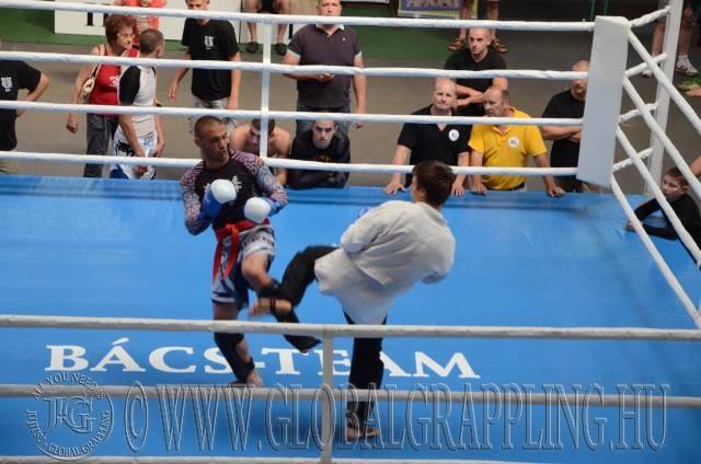 Férfi Kesztyűs Küzdelem a ringben