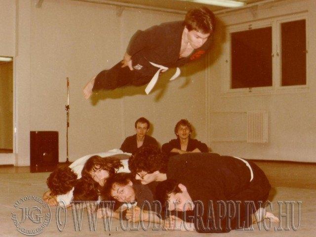 1983-ban a Japán Harci Játékok Klubjában