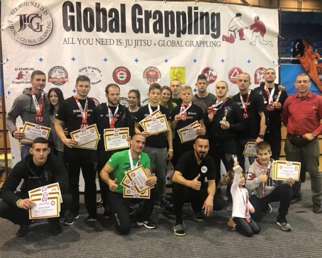 A rangsorversenyben győztes Bács-Team csapata