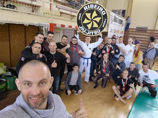 A Ribeiro Jiu Jitsu Slovakia versenyzői Tomas Bilishich képén
