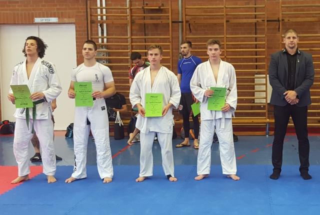 A Combat Junior Fiú kategória résztvevői