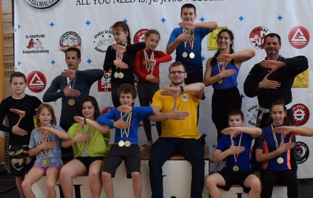 A Legeredményesebb Csapat különdíjat a ZR Team Budaörs kapta