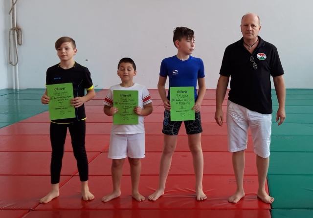 Gi Ifjúsági Fiú kategória
