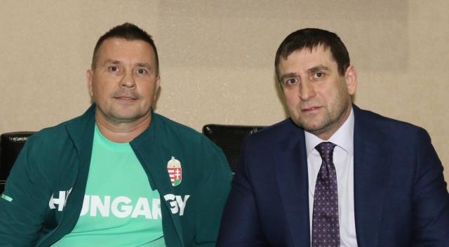 Rizvan Bochkaev a WGC elnöke és Berkes László magyar delegáció-vezető