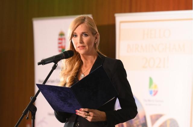 dr. Szabó Tünde sportért felelős államtitkár